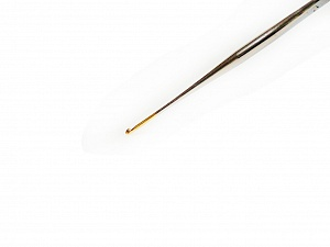 #16 - 0.80 mm Tulip brand metal crochet hook. Length: 15 cm (6&). Made in Japan. #16 - 0.80 mm Brand Tulip, acs-157