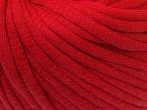 This is a tube-like yarn with soft cotton fleece filled inside. This is a tube-like yarn with soft cotton fleece filled inside. Fiber Content 70% Cotton, 30% Polyester, Red, Brand ICE, Yarn Thickness 5 Bulky  Chunky, Craft, Rug, fnt2-32495
